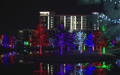 Al menos 1,5 millones de luces LED fueron encendidas en el parque Vitruv...