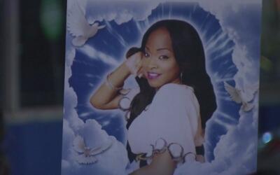 Recuerdan en el Metroplex a residente de Fort Worth asesinada en la cele...