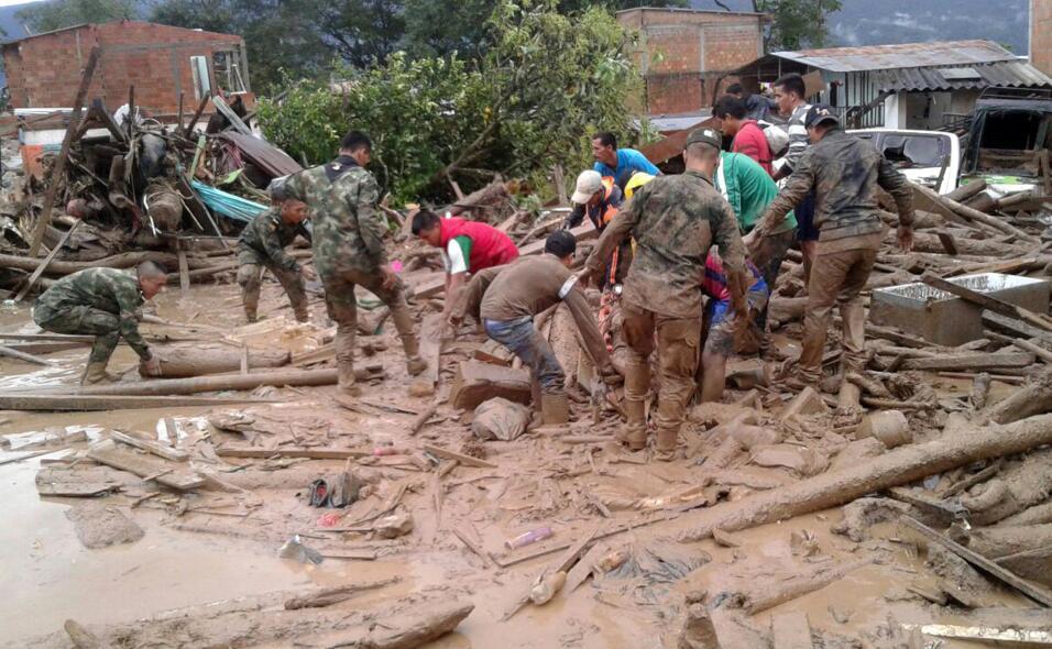 Un deslave por las fuertes lluvias en el sur de Colombia causó más de 12...