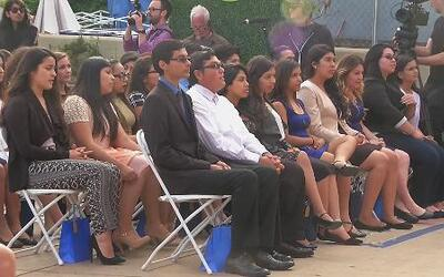 Talentosos alumnos hispanos graduados en California