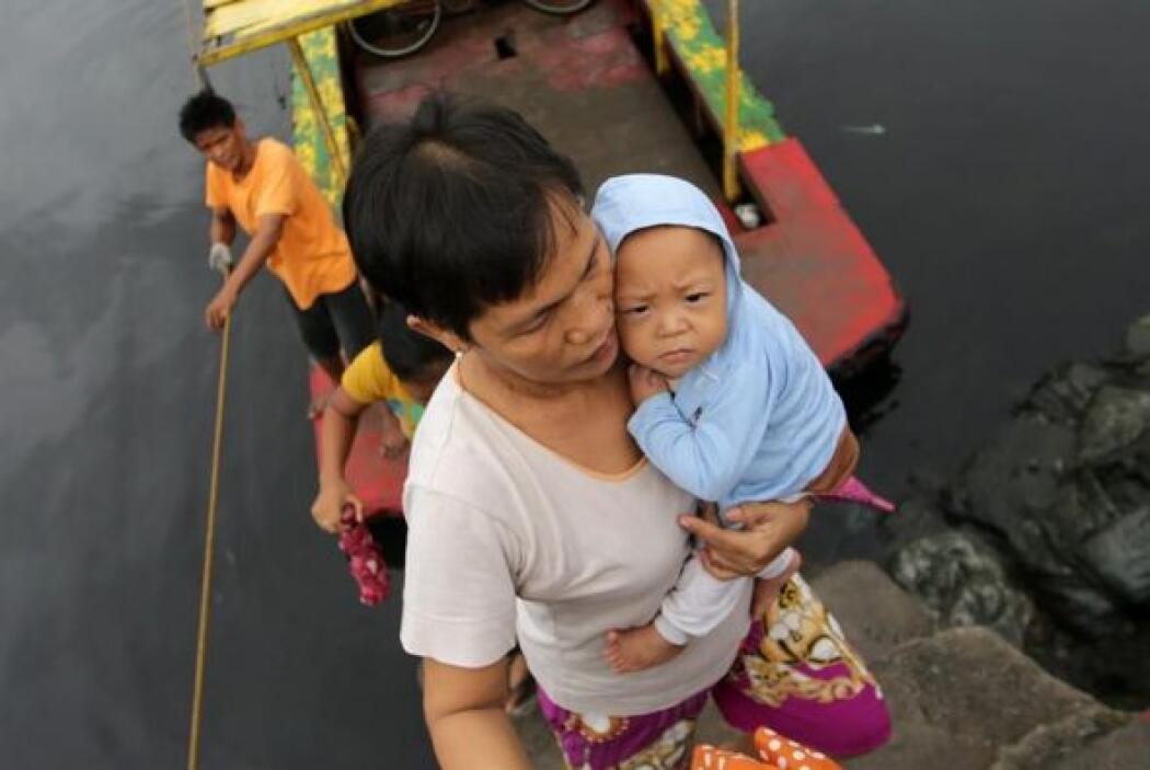 También trabaja para reducir el número de víctimas en futuros desastres....