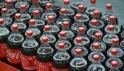 Foto del 12 de noviembre de 2015 tomada en una fábrica de Coca-Co...