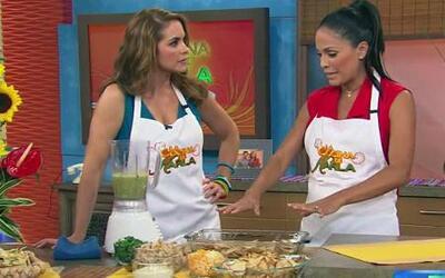 Karla mostró a Lucero cómo hacer unos Chilaquiles de Pollo en Salsa Verde