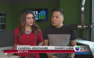 """""""En El Mix"""" con Danny Luna y Vanessa Abuchaibe - Lunes 7/25/16"""