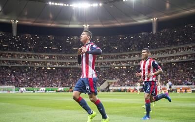 Ángel Zaldívar marcó de penal el único gol d...