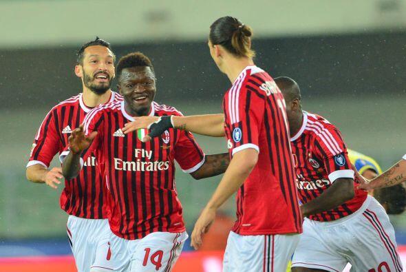 El gol de Sulley Muntari les bastó a los 'rossoneri', pero con el...