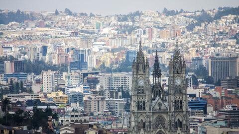 Vista de Quito, la sede de la reunión más importante de la ONU en veinte...