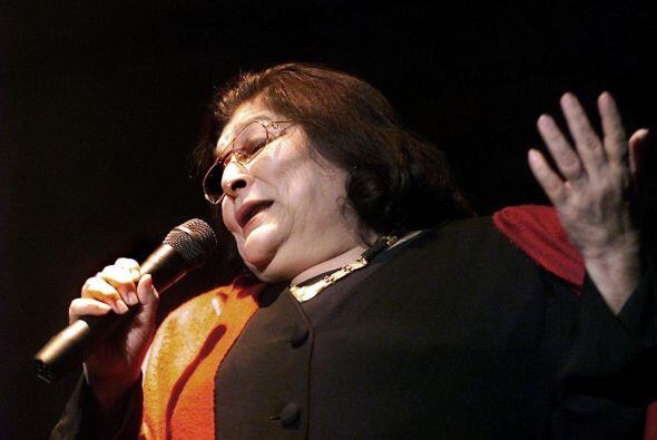 Mercedes Sosa Cantante folklórica argentina popular a través de toda am...