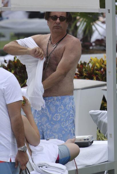 Garcia decidió cubrir sus carnitas para sentirse cómodo pa...
