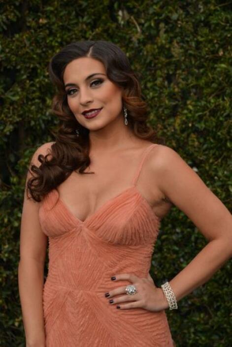 Ana Brenda Contreras nos seducirá en Premio Lo Nuestro con su cabellera...
