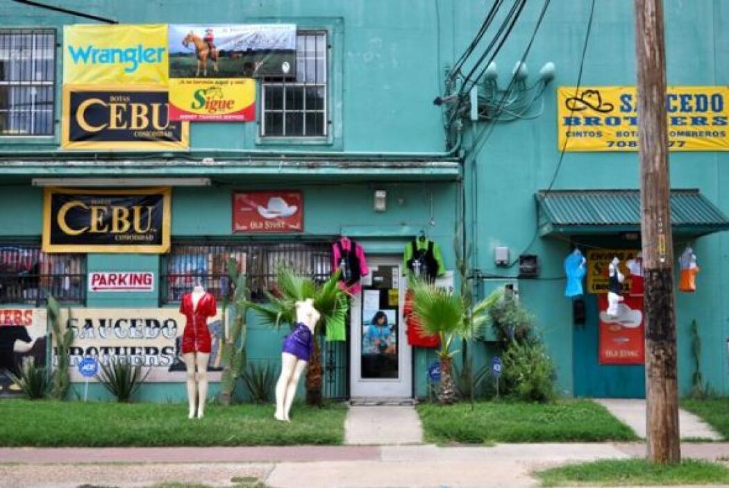 ¿Lagunilla, mi barrio? No, es simplemente la fachada de la boutique Sauc...