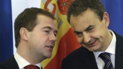 Loa presidentes de Rusia, Dimitri Medvedev, y de España, José Luis Rodrí...