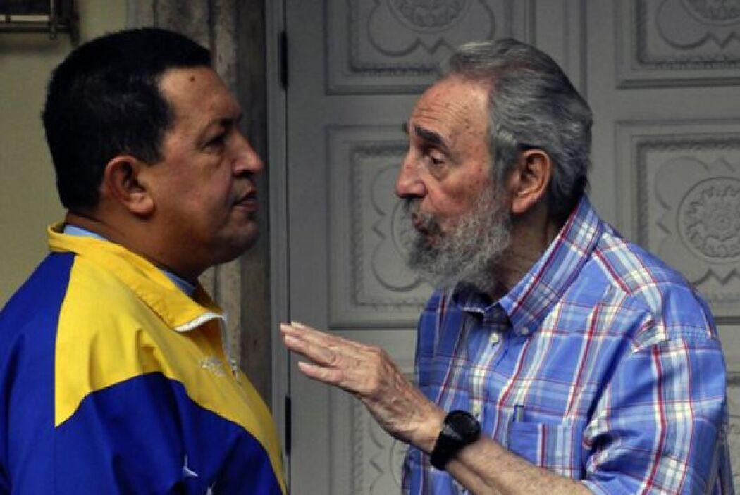 """Castro y Chávez """"expresaron su convicción de que las relaciones entre Cu..."""