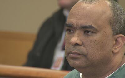 El pastor Gregorio Martínez se presentó ante un juez al ser acusado de h...