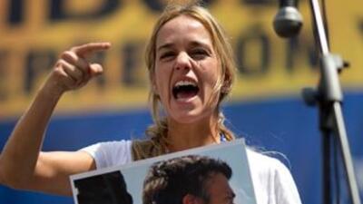 Lilian Tintori esposa de Leopoldo López.