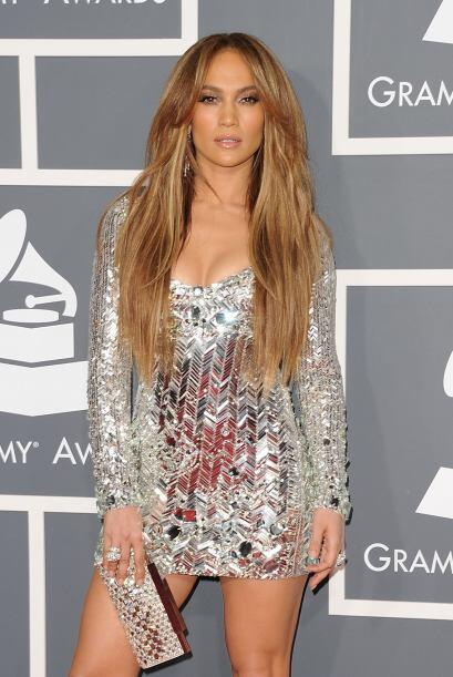 1: ¡Se lleva las palmas! En la entrega del Grammy del año p...