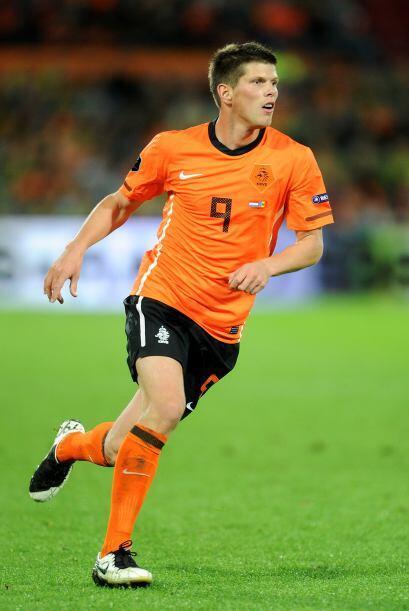 Klaas-Jan Huntelaar. Posición: Delantero. Fecha de Nacimiento: 12...