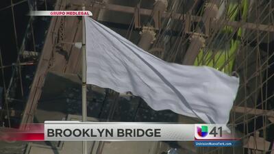 Aparecen banderas blancas en Brooklyn