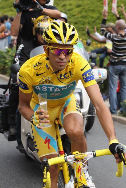 El gran estrella del equipo Astana celebró su gran triunfo con la...