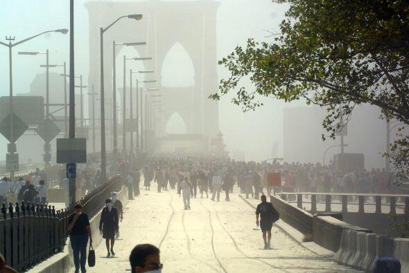 Vista del puente el día del ataque de las Torres Gemelas, el 11 de Septi...