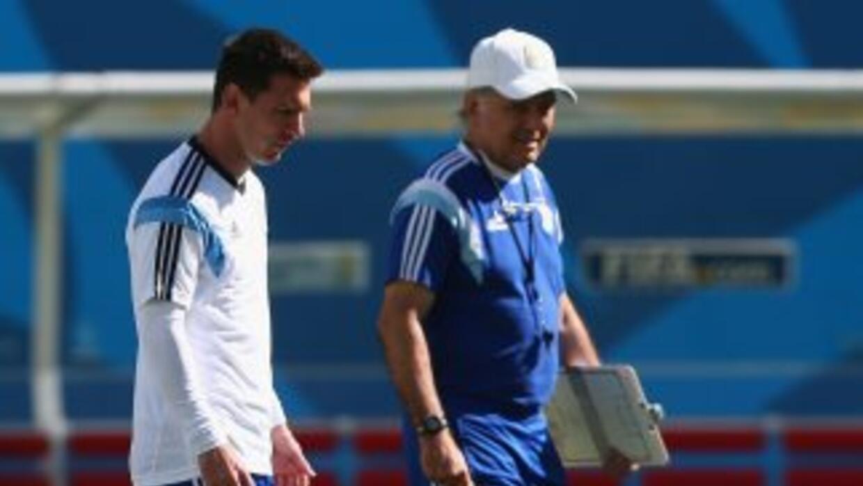 En conferencia de prensa, el técnico argentino, no declaró quien serà el...