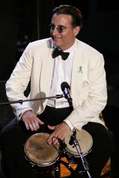 Andy García apareció sobre el escenario del Latin GRAMMY en el homenaje...