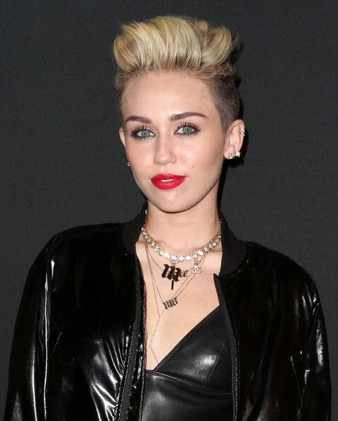¡Grrr! Miley Cyrus no solo lleva el fuego en las venas, sino tambi...
