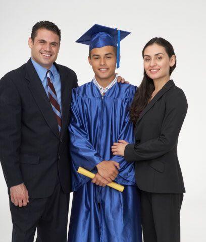 Apoya a tus hijosLas encuestas demuestran que todos los padres hispanos...