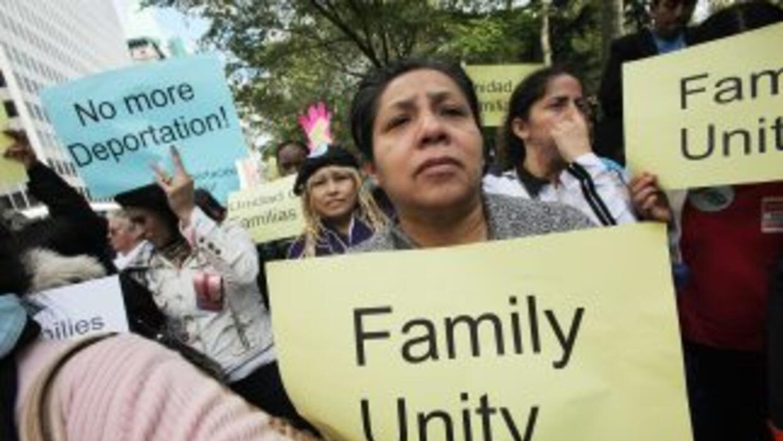 Miles de inmigrantes indocumentados mexicanos en Nueva York no tienen un...