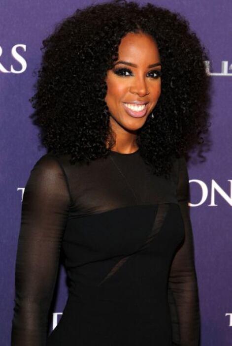 La que necesita un buen domador de melenas es Kelly Rowland, a la que se...