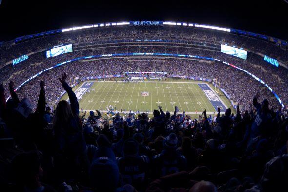 Jueves, Sept. 24 -- Redskins vs. Giants, MetLife Stadium, East Rutherfor...