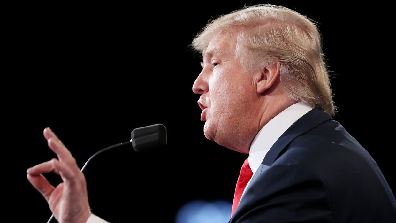 Trump asegura que hay que eliminar el plan de seguro Obamacare