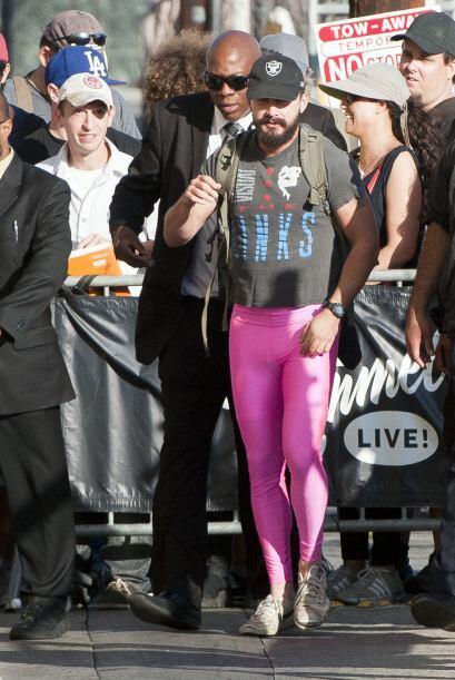 Algunos de sus seguidores, realmente estaban sorprendidos de verlo vesti...