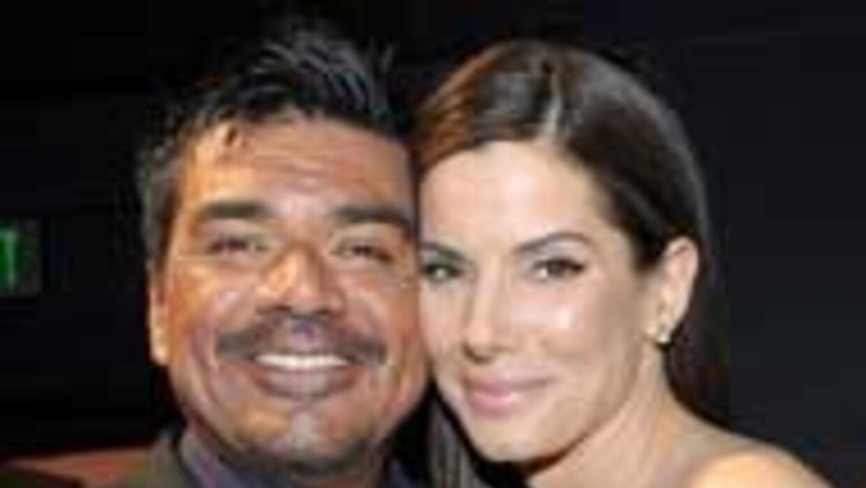 George López afirmó que apoyará a su amiga Sandra Bullock en todo moment...