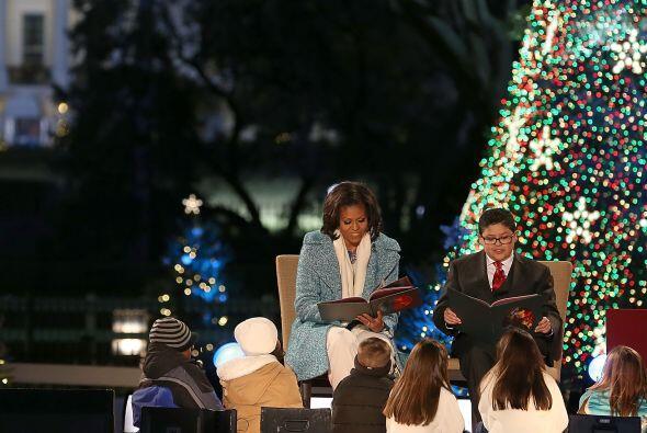 """La primera dama, Michelle Obama, se unió a la estrella de """"M..."""