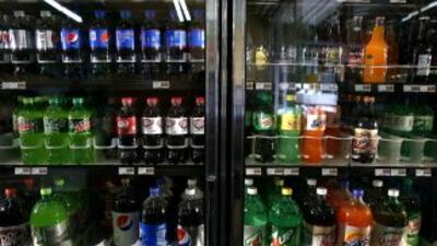 Una propuesta de cobrar un impuesto especial a las bebidas gaseosas en S...