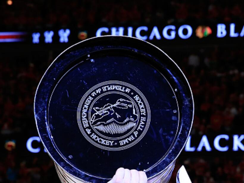 Desde el 1938 los Chicago Blackhawks no ganaban en su propia casa. Este...