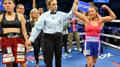 'Avispa' Ortiz retuvo título paja AMB (Foto: Canelo Promotions).