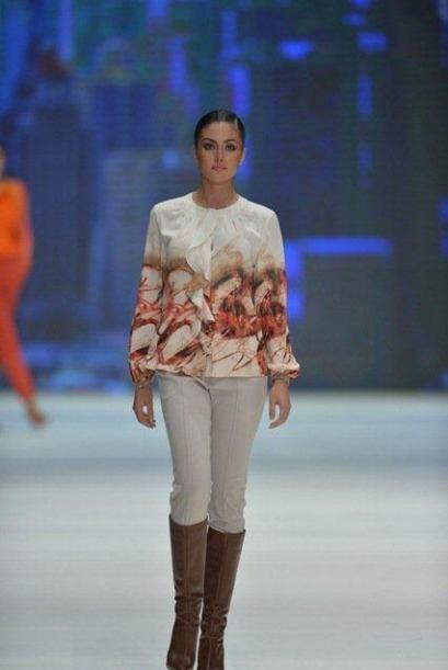 Quedó como virreina en el certamen de belleza Señorita Bogotá 2011.
