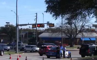 'Dallas en un Minuto': encuentran a una mujer muerta con un disparo en e...