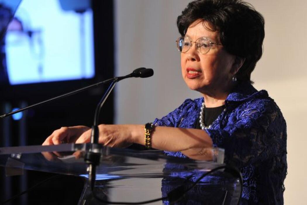 30.- MARGARET CHAN.- Es la Directora General electa de la Organización M...