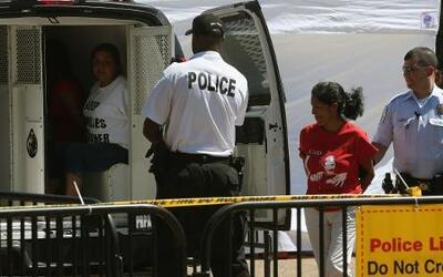 En Un Minuto: arrestados frente a La Casa Blanca