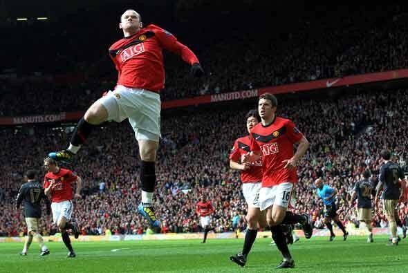 Liverpool se puso en ventaja con gol de Fernando Torres pero Wayne Roone...