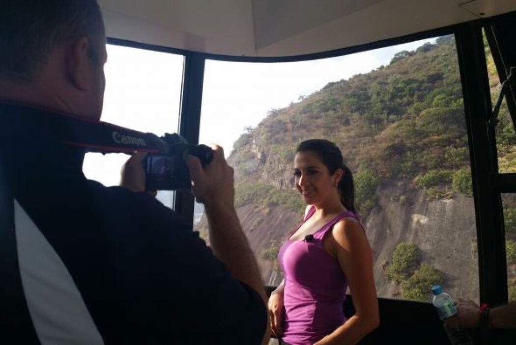 Y qué mejor forma de tener un panorama completo de Río que llegando al p...