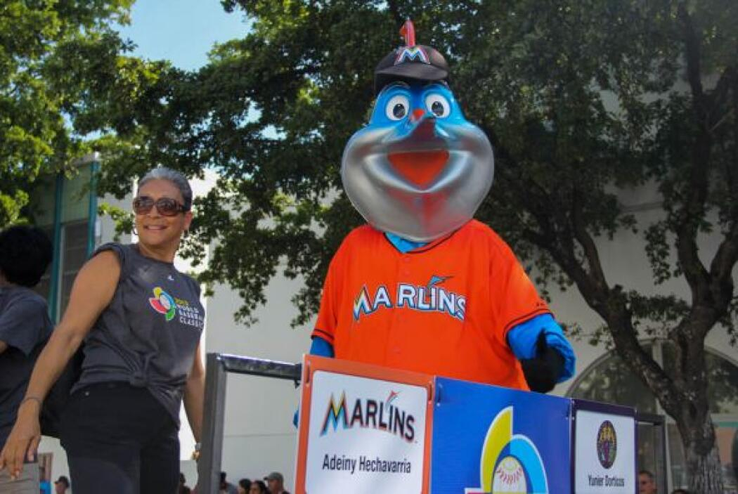 Billy the Marlin de los Miami Marlins obviamente tenia que ser parte de...