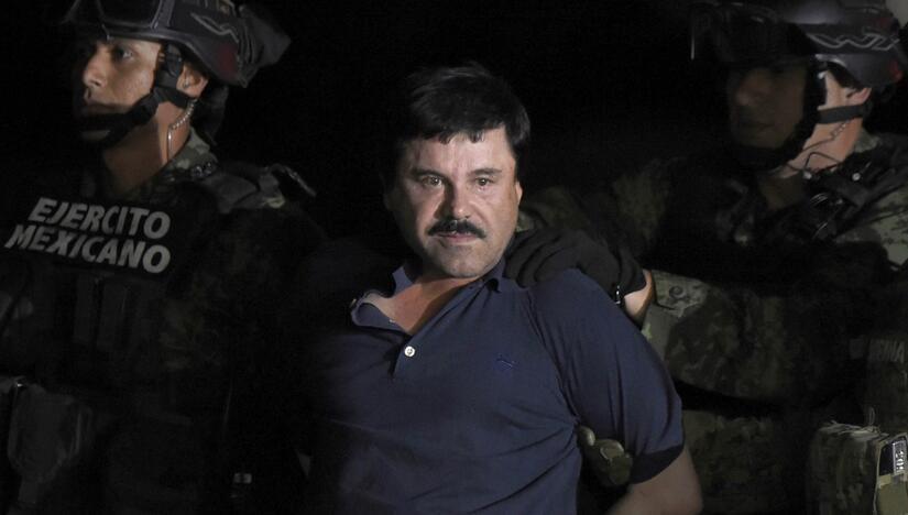 Abogados de 'El Chapo' Guzmán temen que gobierno mexicano lo extradite a...