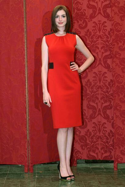 La musa de Valentino siempre se ha vestido fabulosa y súper 'chic...