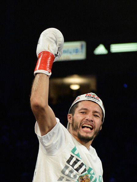 Con este resultado, Jhonny González recuperó el cinturón pluma del Conse...