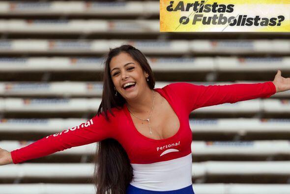 Larissa Riquelme fue otra chica del Mundial que se convirtió en sensació...