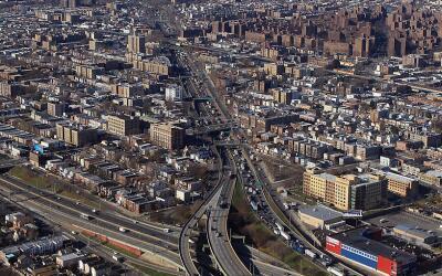 Imagen de archivo del Cross Bronx Expressway. Según un estudio, d...